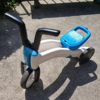 【受渡決定】ペダル無し自転車 ストライダー 三輪車