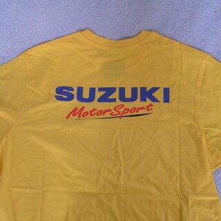 100周年のSUZUKIスポーツTシャツ