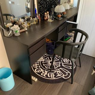 IKEA 鏡台