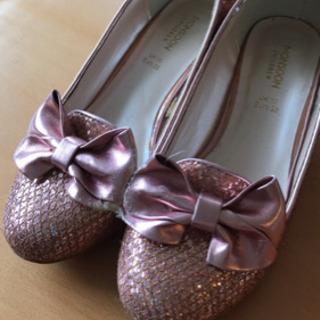 美品 3回着用 ピンクラメ 靴 ヨーロッパブランド