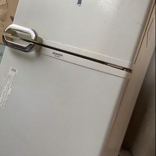 冷蔵庫お譲り致します。