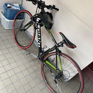【本日限定値下げ!】ジャイアント カーボン製クロスバイク