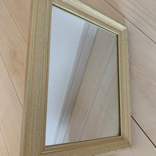 レトロでかわいい鏡