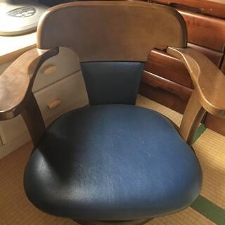 【値下げします!】回転座椅子お譲りいたします。(お引き取りに来ら...
