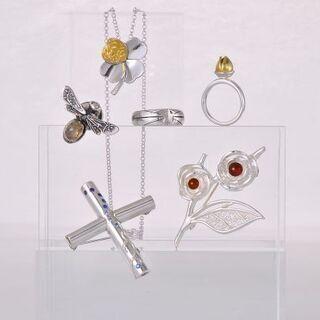 銀粘土技能認定資格取得のための二つのコース