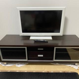 ソニー32インチ液晶テレビ と ニトリTVボード