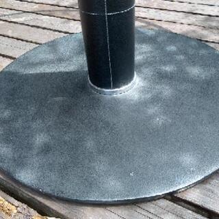 [配達無料][即日配達も可能?]店舗用テーブル ラウンドテーブル 強化ガラス製 天板直径120センチ Tenpered Glass − 愛知県