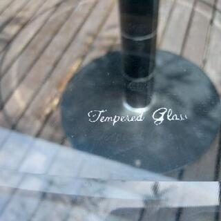[配達無料][即日配達も可能?]店舗用テーブル ラウンドテーブル 強化ガラス製 天板直径120センチ Tenpered Glass - 売ります・あげます