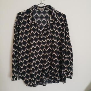 スキッパーデザインシャツ 長袖 Mサイズ