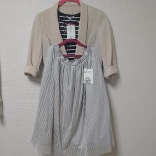 サリアとTHESHOPTKTシャツ、スカートの3点セット✨