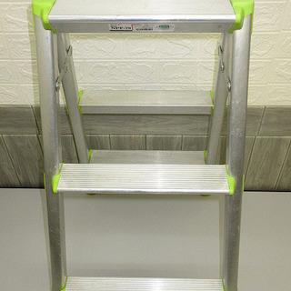 stp-0360 ピカ 脚立 3段 グリーン Pica 軽作業用 作業台 踏台 踏み台 ステップ 踏台 ステップボード 屋内 足場 現場 園芸用品 折り畳み 機材 洗車 掃除 - 札幌市