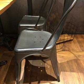 グレイ椅子、メタル (全部で20脚)
