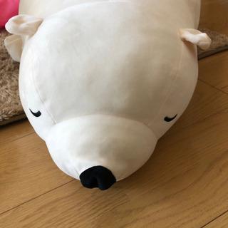 巨大クマのぬいぐるみ