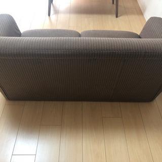 【急募】2人掛けソファ差し上げます - 家具