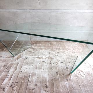 ガラステーブル BoConcept(ボーコンセプト)  Adria