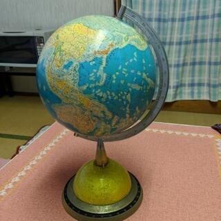 Mahina 10号 レトロな地球儀!