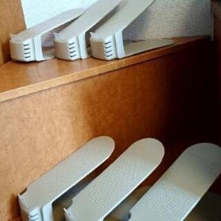 靴箱の整理に。6足収納が12足収納出来ますよ!