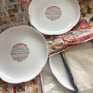 ヤマザキパンのお皿3枚組