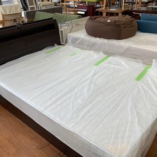 ちょこっと大きめなダークブラウン系シングルベッドです!