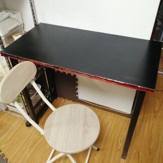 無料 机と椅子