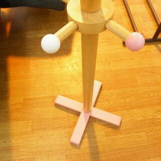 ポールハンガー キッズ 木製 ハート 高さ118cm ナチュラル×ピンク×ホワイト 札幌 西岡店  - 札幌市