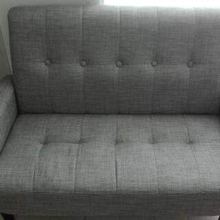 【8/31まで。引っ越しのため出品します】2人用ソファー