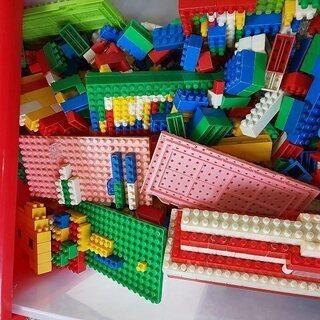 ブロック たくさん 詰め合わせ 画像のケースごと送ります