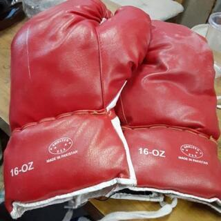 ボクシンググラブ 16-OZ 値下げ💴⤵️