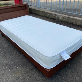 値下げしました!【ニトリ製 ベッド】ロータイプ シングルベッド