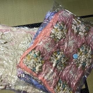 昭和西川掛け布団(青ピンク)シングル2枚、小杉商会掛け布団(青ピ...
