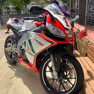 アプリリアrs4 125cc