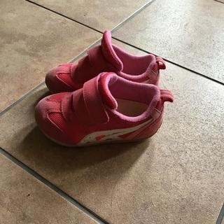 15㎝ アシックスasics ピンク スニーカーの画像