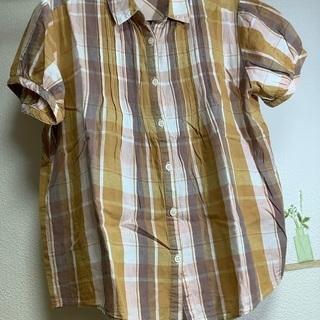 【ネット決済・配送可】シンプルに可愛い 半袖ワイシャツ M