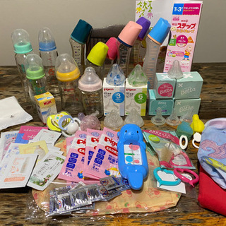 哺乳瓶11本 乳首25個 他色々 出産準備 発送費プラスしてお送...