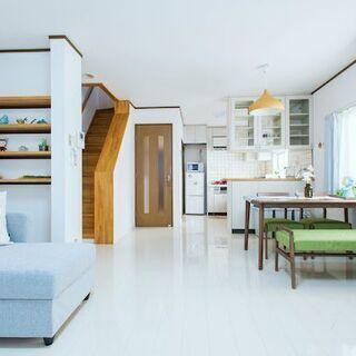 無料駐車場付き!3階建ての綺麗な一軒家!!全て込み12万円