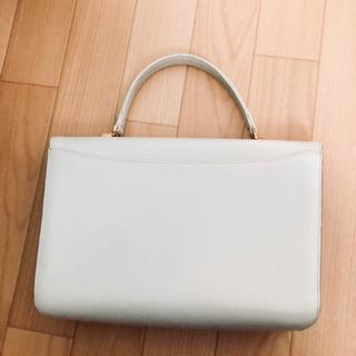 ホワイト ハンドバッグ - 新潟市