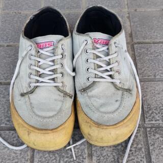 バンズの靴