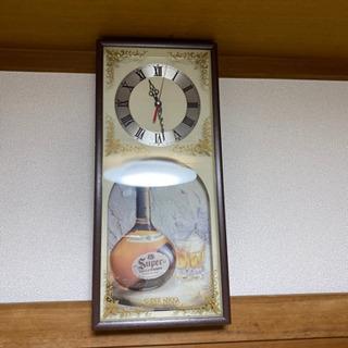 昭和のレトロな掛け時計