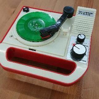 バンダイ 8盤専用ポータブルレコードプレーヤー 「EBP01-1R」