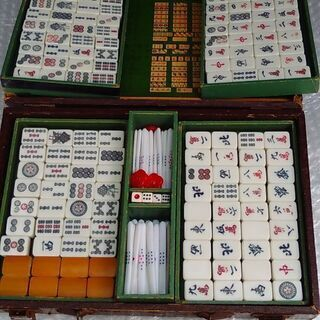 断捨離!!珍しいレトロな 竹製 麻雀牌です 昔を想い出して楽しみ...