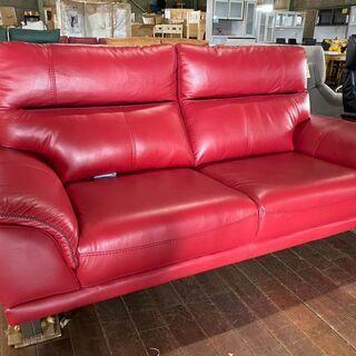最強にカッコいいレッドソファー!普通に買ったら12万円しま…