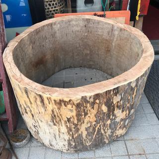 丸太、切り株、丸太の切り抜き、自然木、ガーデニングテーブル…