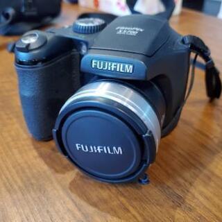 富士フィルム FUJIFILM FinePix S5700 デ...