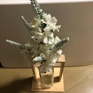 オシャレな木枠付き 花瓶②