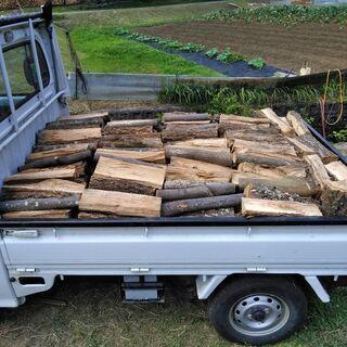 広葉樹の乾燥薪 軽トラ1台分