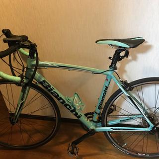 値下げ 超美品 Bianchi ロードバイク ヘッドライトテールランプ付き 室内保管の画像