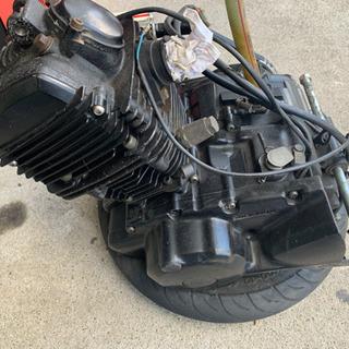 TW200 エンジン