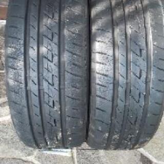 18インチ中古タイヤ2本セット売ります。
