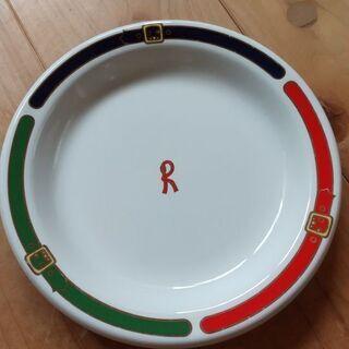 ロベルタディカメリーノ お皿