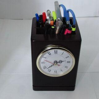 大時計付き木製ペン立て